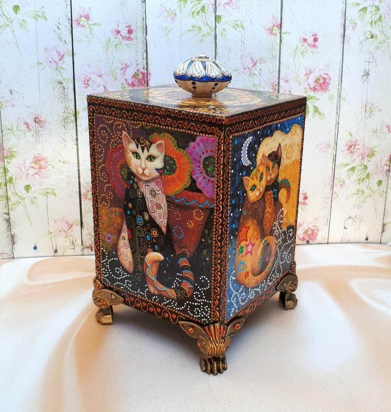 Handmade Wooden Dot Cat and Kittens Jewelry Box